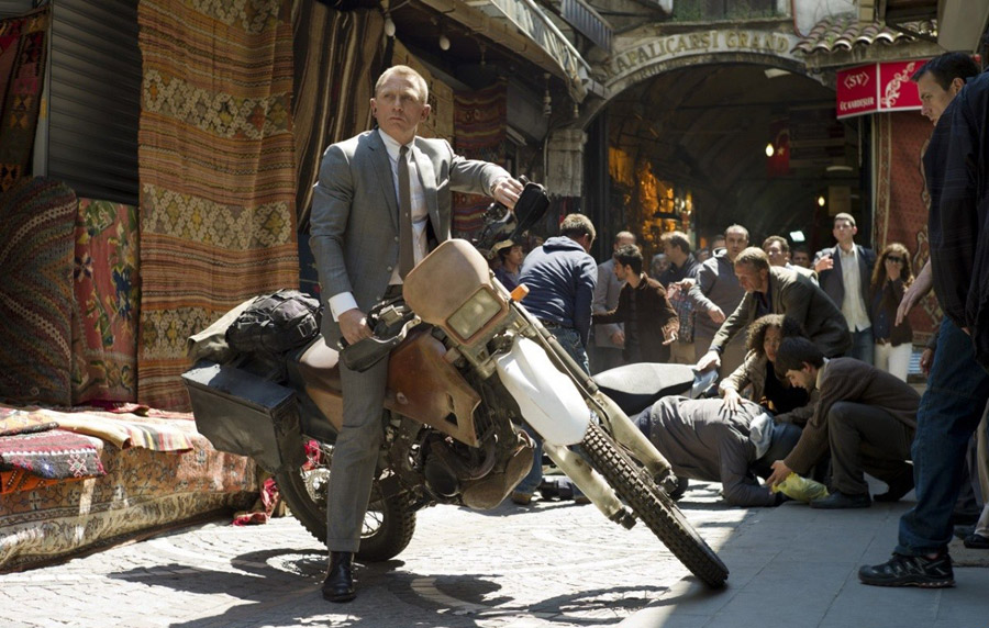 Movie Review: Skyfall | Straight From The Classy Double-O-Heaven!