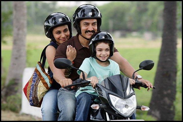 Talaash Movie Latest Stills, Aamir Khan Kareena Kapoor Rani Mukherjee Photos in Talaash Movie