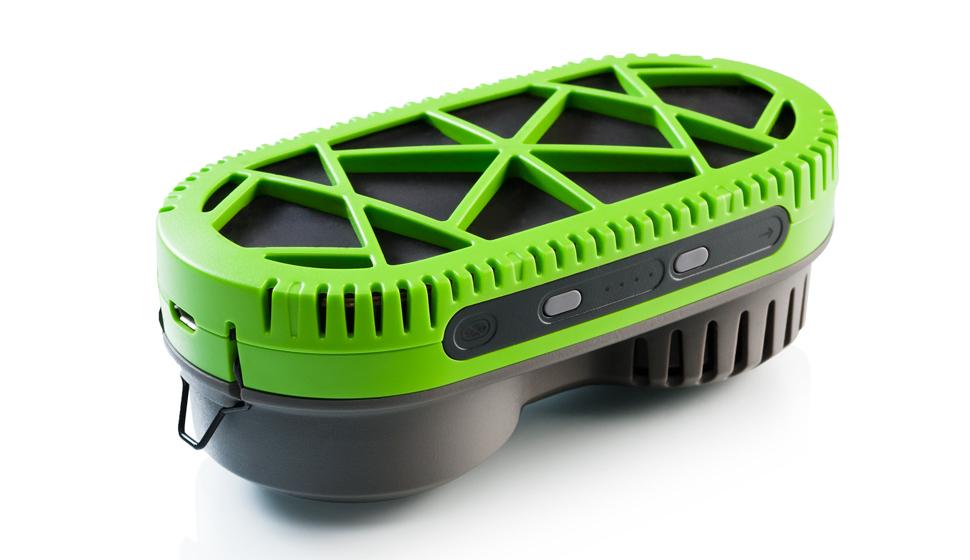 PowerTrekk fuel charger uses water