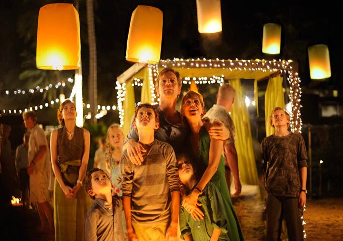 Ewan-McGregor-Naomi-Watts-The-Impossible movie tsunami