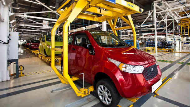 Mahindra's Electric-cum-Solar-Powered 'e2o' Gearing Up For Launch!