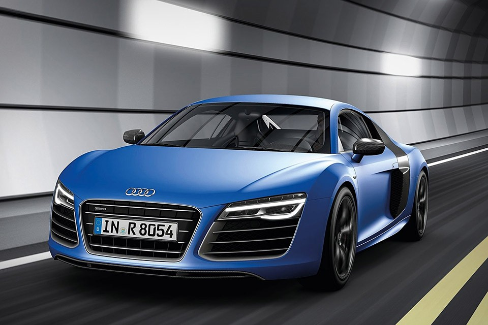 Audi Launching Its Flagship R8 V10 Plus In India On April 4!