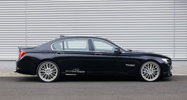 BMW 7 Series- New Variants Launched In India Between Rs 92.9 lakhs – Rs 1.73 Crores