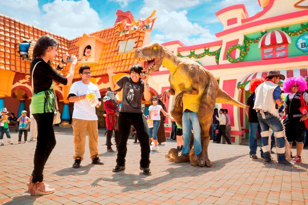 fun-times-adlabs-imagica-dinosaur