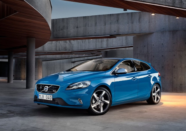 Volvo's Small Car V40 To Launch In India This June!
