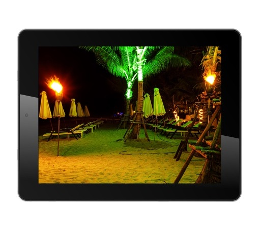 iBall Floats Slide Q9703 @ Rs.15,999!