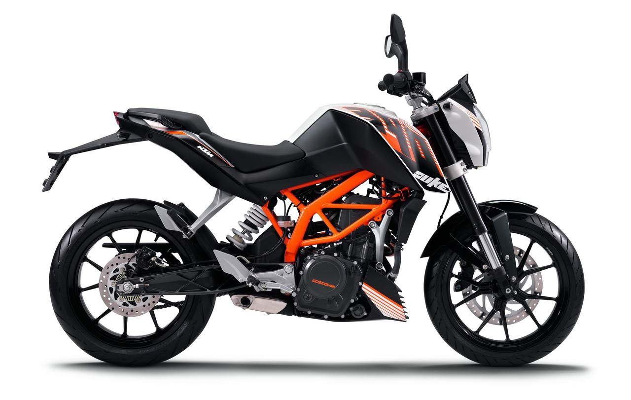 Bajaj Introduces KTM 390 Duke At Rs.1.8 Lakh!