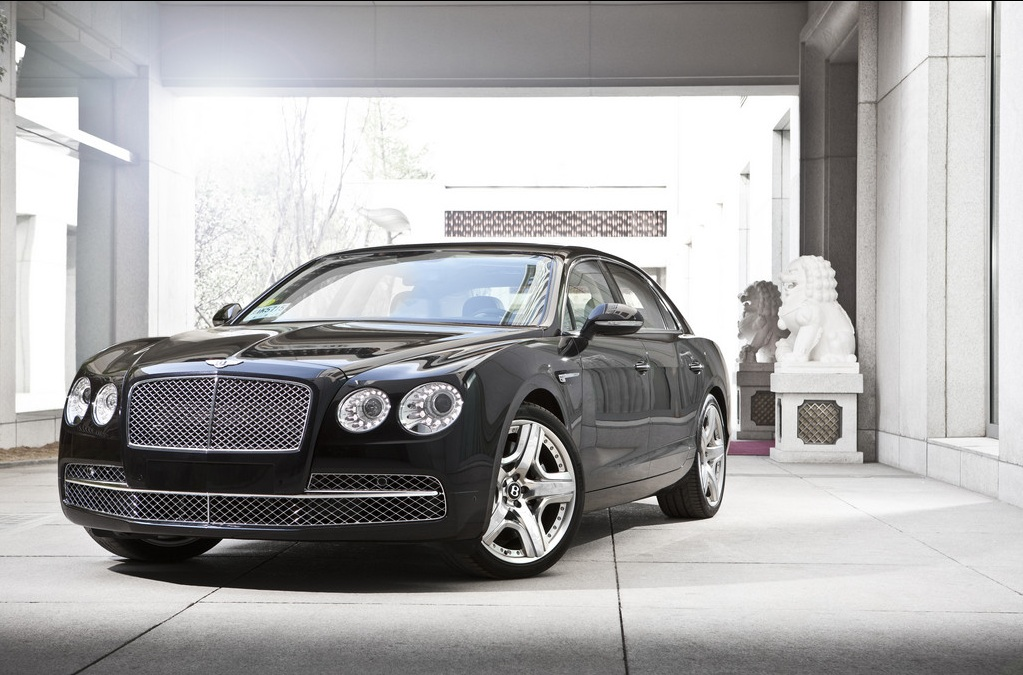 Bentley Flying Spur Rolled Out: Price In India Rs.3.1 Crore