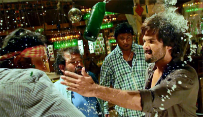 Watch: Official Trailer of Shahid Kapoor's 'R…Rajkumar'