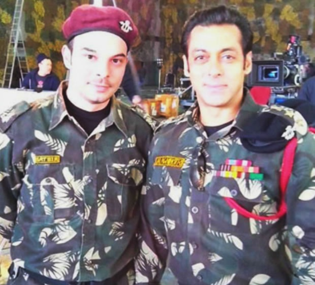 Salman Khan Army Officer Jai Ho