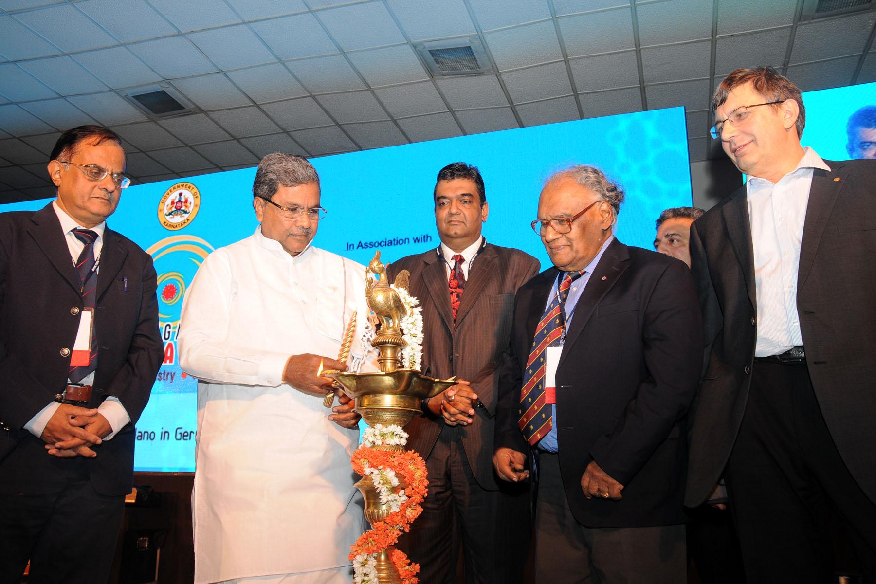 Chief-Minister-Sri-Siddaramaiah-Inagurated-6th-Bangalore-India-Nano