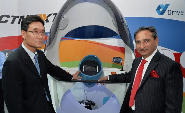 TATA Motors & Samsung Collaborate For In-Car Infotainment System | Auto Expo 2014