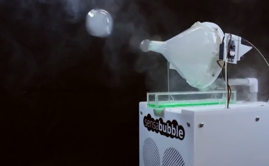 Bristol University's Multi-Sensory Technology Delivers Mail-Notifications On Scented Bubbles
