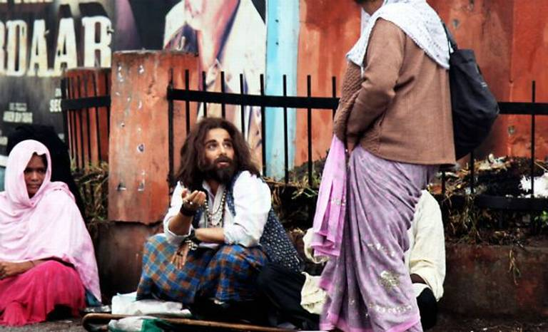 Watch : 'Bobby Jasoos' Theatrical Trailer Starring Vidya Balan In Many Avatars