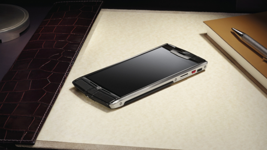 Vertu Signature Touch Luxury Android Mobile Phone Launched For Rs 7.8 Lakh