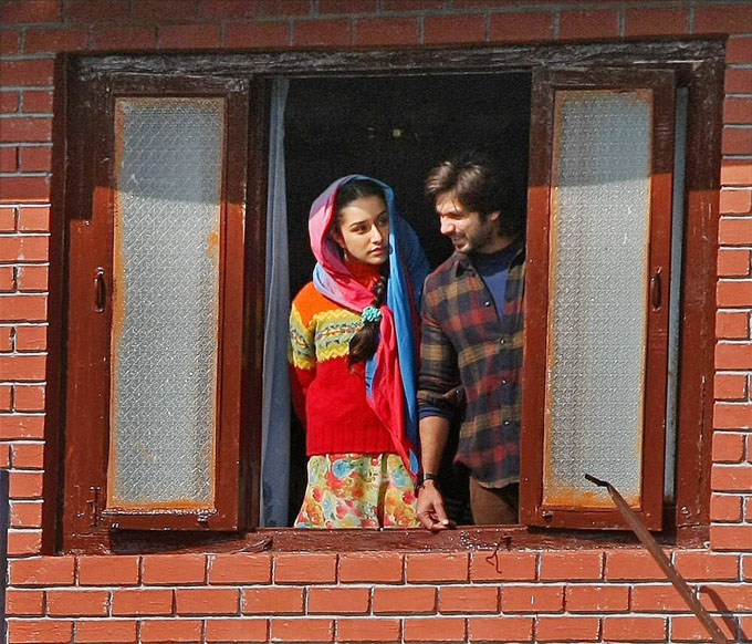 Haider | Movie Trailer – Sassy, Jazzy and Cracking!