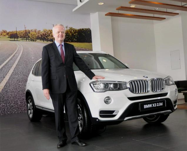 BMW X3 Facelift Launched For Indian Market. Price Rs. 44.90 Lakhs