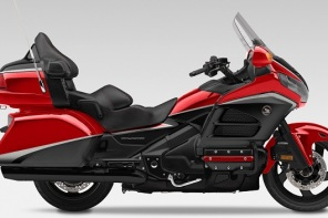 Honda Gold Wing GL1800 Launched In India For Rs 28.5 Lakh; Couch-Comfort On Wheels.