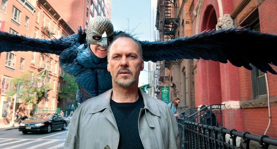 Birdman | Movie Review – Marks The New Beginning Of An Old Filmmaking Style : The Satirical Dramedy