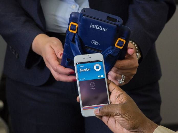 Now Use Your iPhone For In-flight Purchases As Apple Pay Reach Skies Via JetBlue