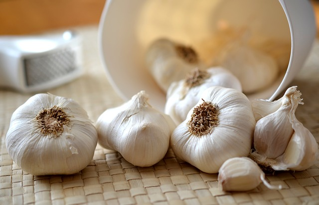 1000-Year-Old Garlic Salve Remedy Can Kill MRSA Superbug