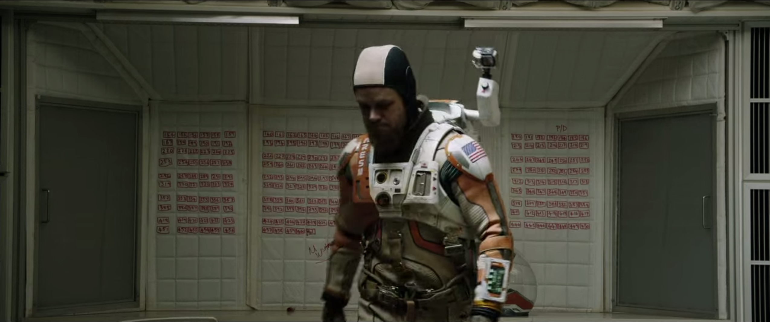 Watch : Trailer of Ridley Scott's 'The Martian' Starring Matt Damon