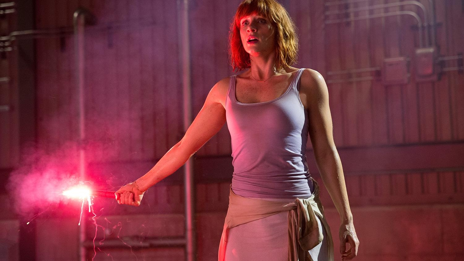 jurassic-world-bryce-dallas-howard-flare