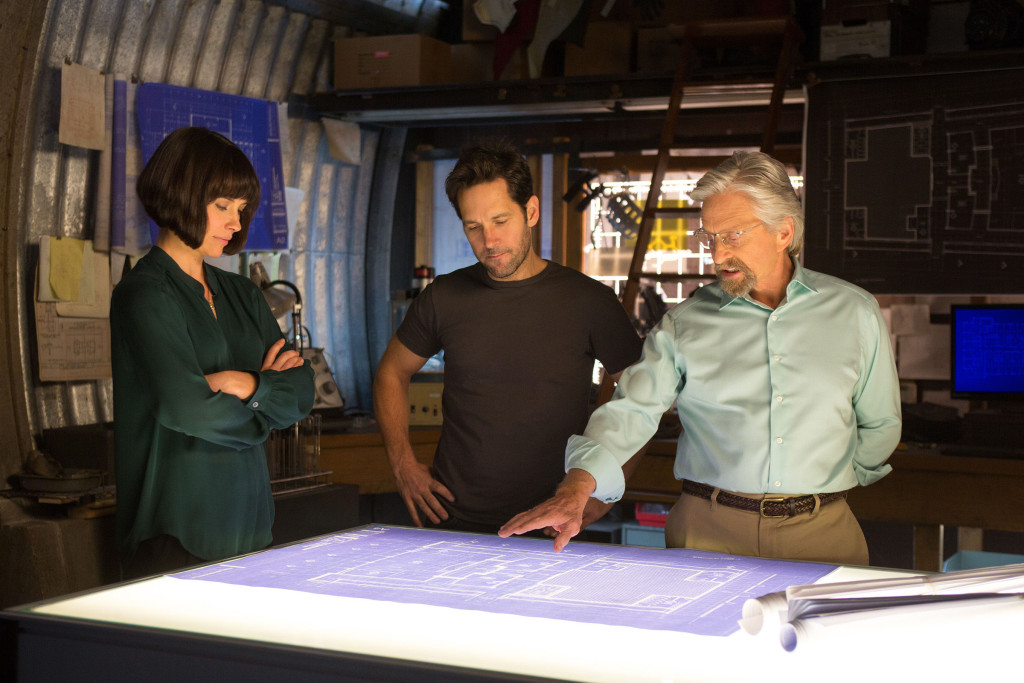 Ant-Man-Photo-Rudd-Lilly-Douglas-Planning