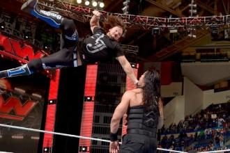 WWE Raw 25 April