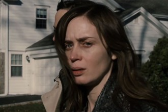 the-girl-on-the-train-trailer-emily-blunt
