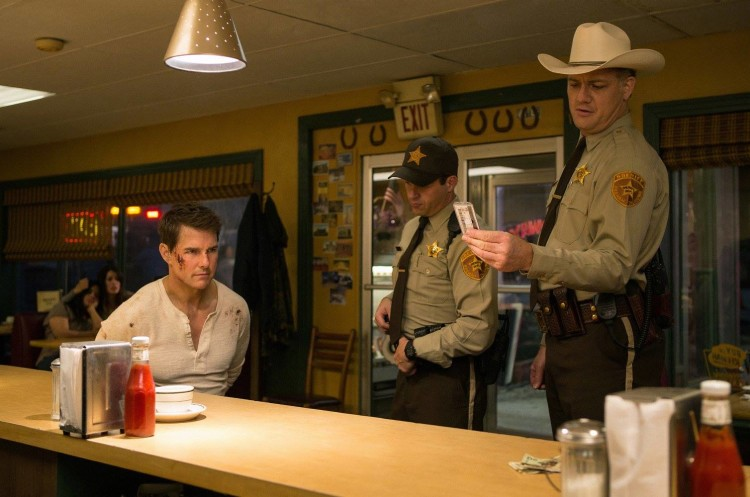 'Jack Reacher: Never Go Back' Trailer – Tom Cruise Seeks Justice Outside The Law