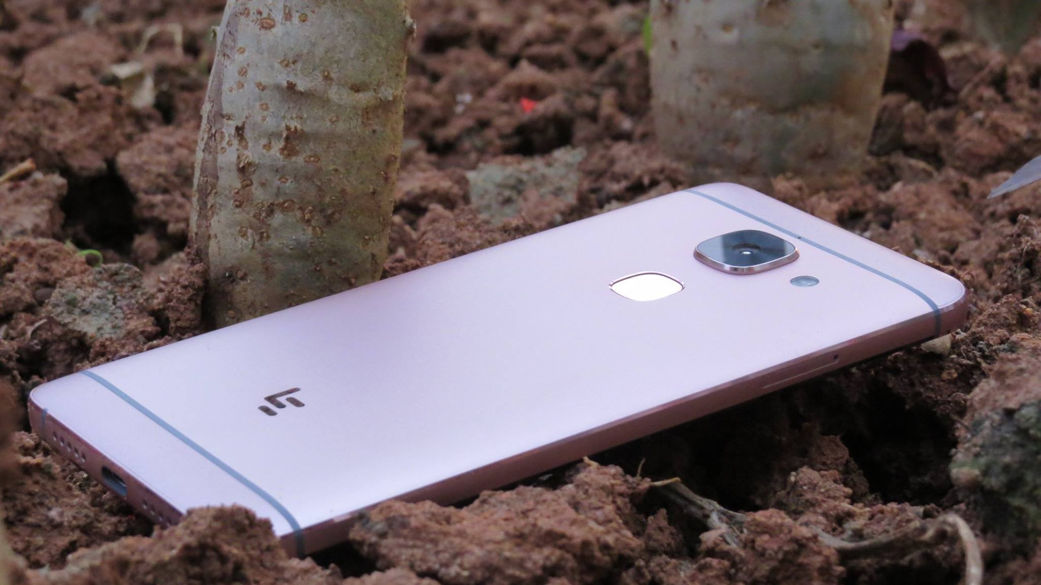 LeEco Le Max 2 Review : Content-Driven Smartphone For Multimedia Lovers