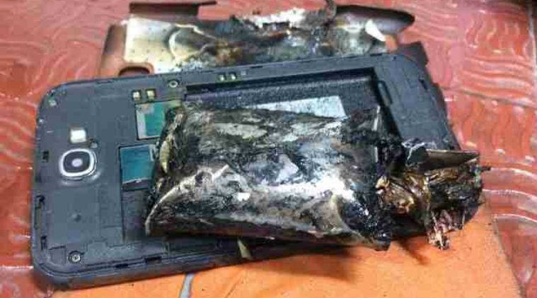 samsung-galaxy-note-2-fire-flight-chennai